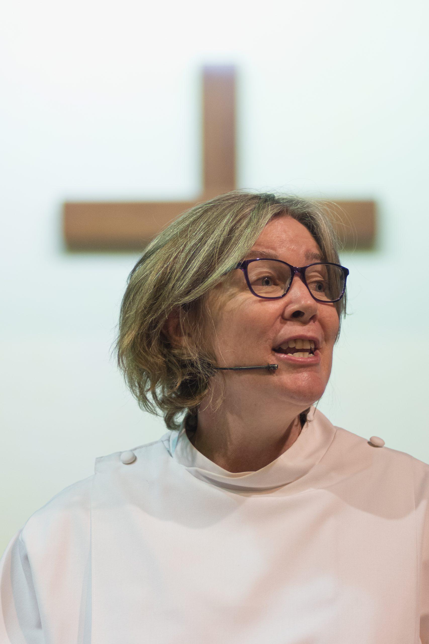Rosalie-ordination-79-scaled